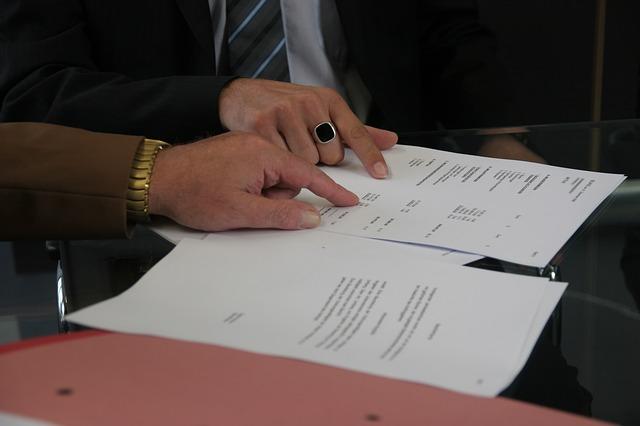 konzultace smlouvy