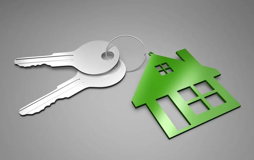 klíče a dům